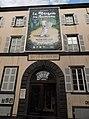 Muséum d'histoire naturelle Henri-Lecoq, entrée avec affiche expo La Maison des animaux.jpg