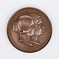 Museo del Romanticismo - CE0484 - Medalla conmemorativa de Isabel II.jpg