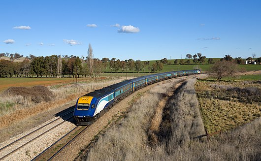 NSW TrainLink XPT Jindalee - Morrisons Hill.jpg