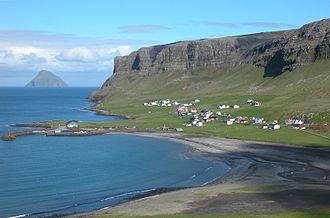 Hvalba - Image: Nes at Hvalba at noon, Faroe Islands