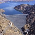 New Melones Dam (26650551926).jpg