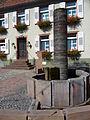 Nierstein Brunnen am Marktplatz.JPG