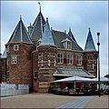 Nieuwmarkt en Lastage, Amsterdam - panoramio (1).jpg
