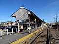 Old canopy at Stoughton station, April 2016.JPG