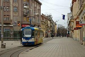 Osijek, Trg Ante Starčevića, tramvaj