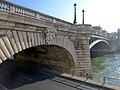 P1080172 Paris IV pont Notre-Dame rwk.jpg