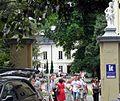 PL Nałęczów park brama wsch3.jpg