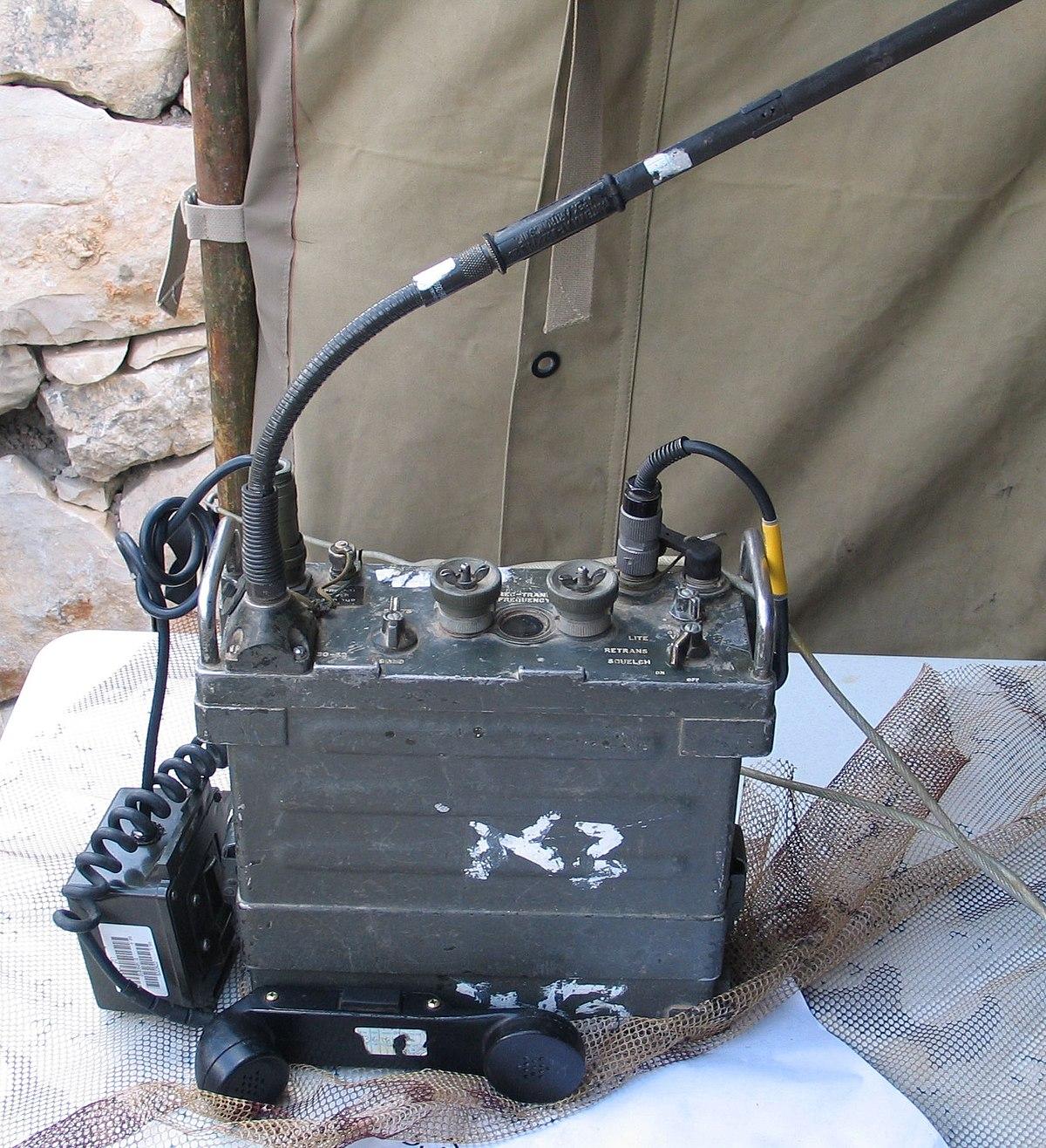AN/PRC-77 Portable Transceiver - Wikipedia