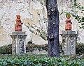 Palazzo di san clemente, statue del giardino, nani (caramogi) forse su disegno di baccio del bianco 02.jpg
