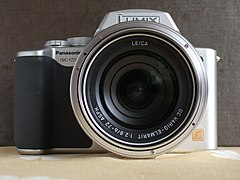 Panasonic Lumix DMC-FZ20 FrontView.JPG
