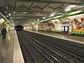 Paris Metro Ecole Militaire.jpg