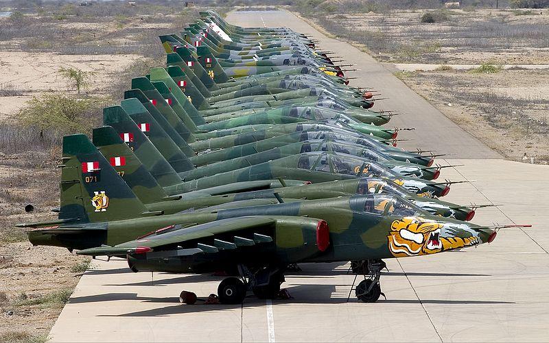File:Peruvian Air Force Sukhoi Su-25 lineup Lofting.jpg