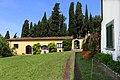 Pescia, villa la guardatoia, giardini, prato 02 limonaia.jpg
