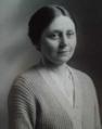 Photo de l'épouse de Joseph Malègue circa 1923.png