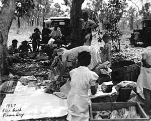Picnic Day (Australian holiday) - Picnic Day in Pine Creek, 1937
