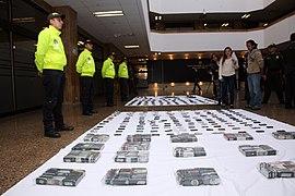 Plan navidad de la Policía deja 232 capturados por hurto a celulares (11437930145).jpg