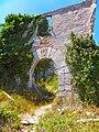 Portalada de casa en runes a Mont-Ral - panoramio.jpg