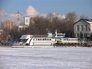 Poruchik Rzhevski in North River Port 31-jan-2012 02.JPG