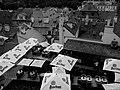 Praha, střechy Malé Strany - panoramio.jpg