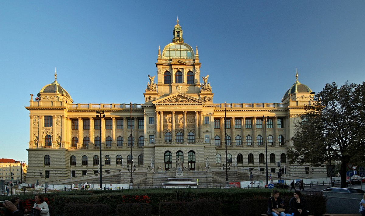 National Museum (Prague) - Wikipedia