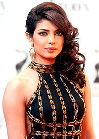 Priyanka Chopra at the Times Of India Film Awards 2013 (TOIFA) (cropped).jpg