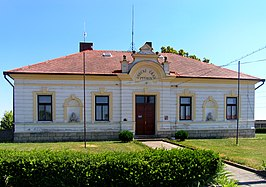 Ptýrov, municipal office.jpg