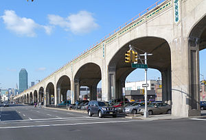 IRT Flushing Line - Queens Boulevard viaduct
