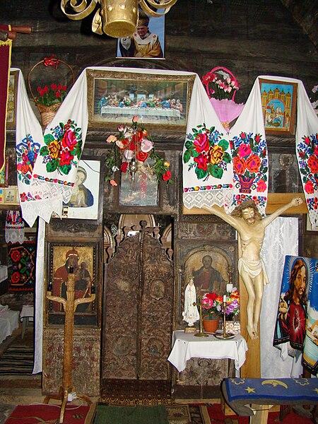 Fișier:RO MM Lapus wooden church 1.jpg