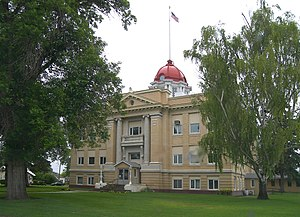 Sidney, Montana - Richland County courthouse