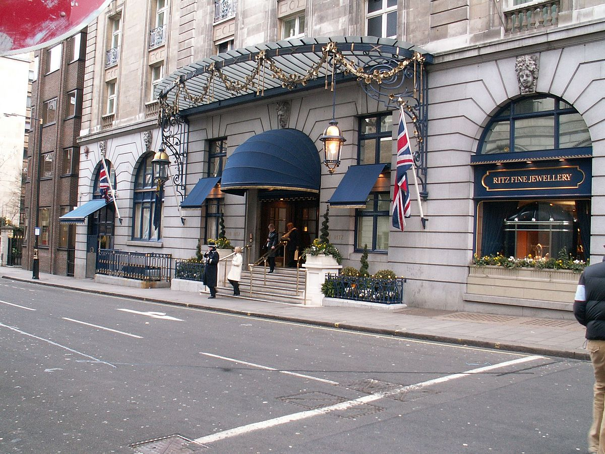 Hotel ritz london wikipedia for Parking exterieur paris