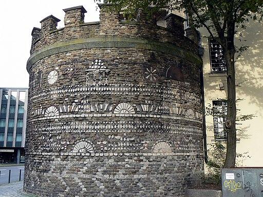 Roemerturm Koeln; Eckturm der Hauptstadt Niedergermaniens (Colonia Claudia Ara Agrippinensium; UNESCO-Welterbe Niedergermanischer Limes)