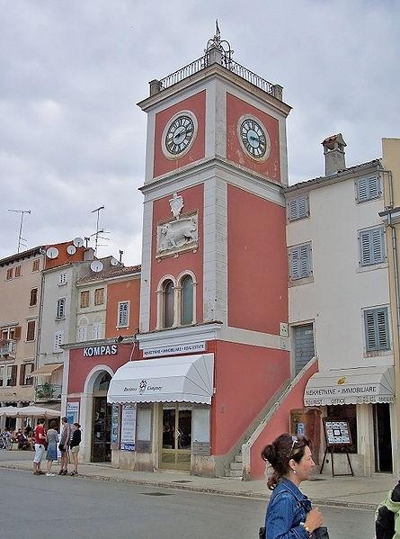 ファイル:Rovinj-Town clock.jpg