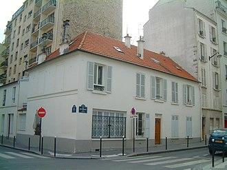 Petit-Montrouge - A Faubourgian house predating Haussmann's renovation of Paris
