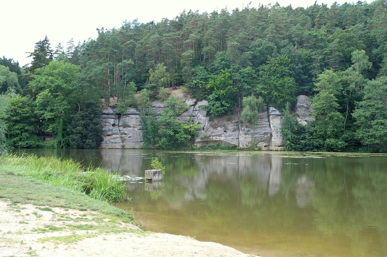 pohled na rybník Harasov