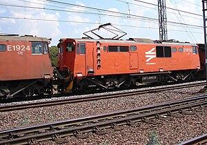 South African Class 6E1, Series 8 - No. E1913 as Class 17E, Capital Park, Pretoria, 28 September 2006