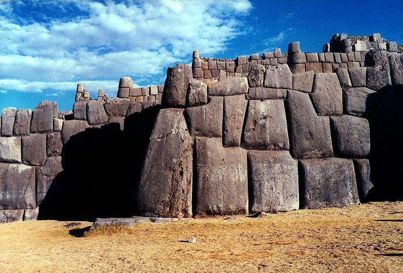 Antiche civiltà 800px-Sacsahuaman_wall3