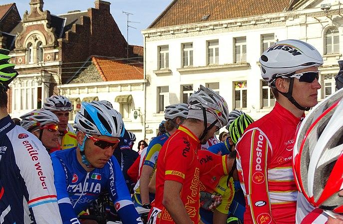 Saint-Amand-les-Eaux - Paris-Roubaix juniors, 12 avril 2015, départ (A66).JPG