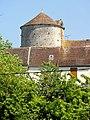 Saint-Loup-de-Naud (77), colombier de la ferme de la Haute-Maison, vue depuis la rue des Vieux-Moulins 2.jpg