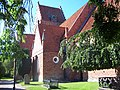 Sankt Nicolai kyrka Sölvesborg from southeast.jpg