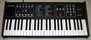 Sequential Circuits Six-Trak - Image: Sequential Circuits Six Trak front