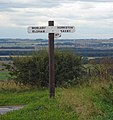 Signpost near Bonby - geograph.org.uk - 1375602.jpg