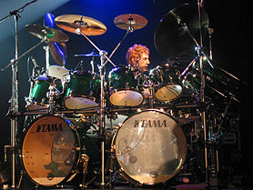 David Paich (keyboard) och Simon Phillips (trummor).