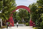 Singapore Gardens-by-the-Bay-01.jpg