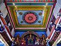 Singapore Tempel Sri Mariammam Innen Decke 2.jpg