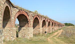 Skopje (Скопје, Shkupi) - aqueduct