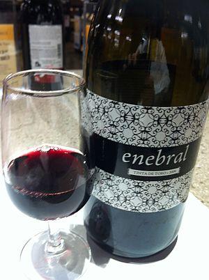 Toro (DO) - Red wine from Toro made from the Tinta de Toro grape (Tempranillo).