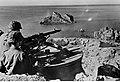 Stanowisko niemieckiego karabinu maszynowego na greckiej wyspie Korfu (2-634).jpg