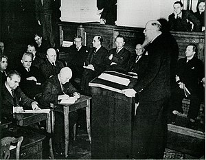 Thorvald Stauning - Stauning addresses the Rigsdagen in Christiansborg Palace on April 9th, 1940