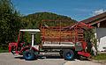Steinbock Bergtraktor OM 616 plus Ladewagenaufbau.jpg