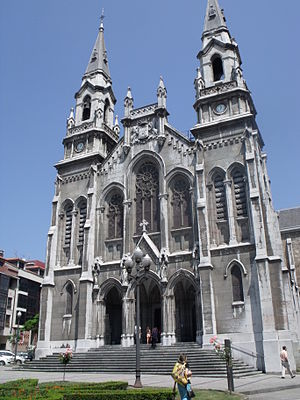 Avilés - St. Thomas church